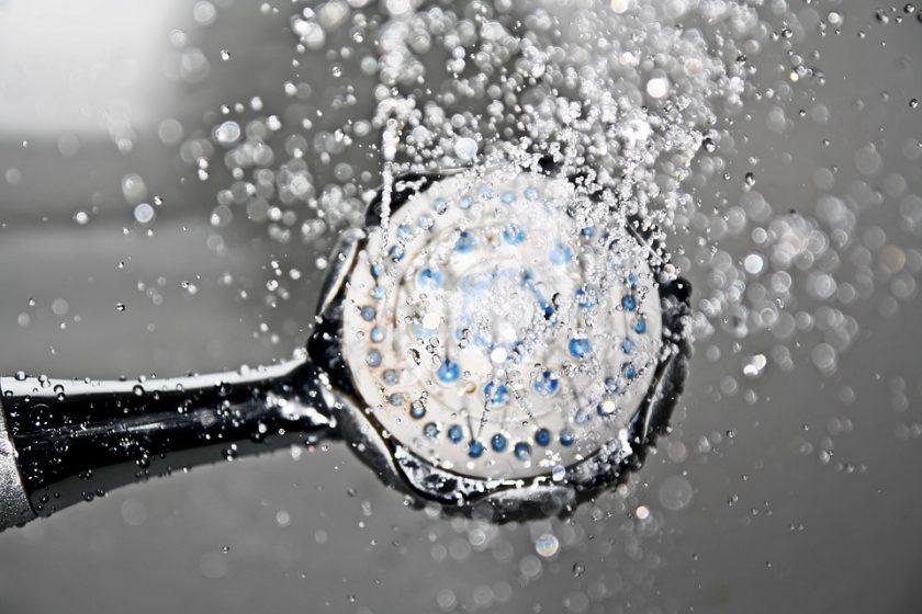 Dusche oder Badewanne - Pixabay